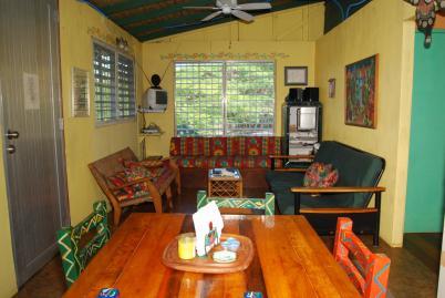 Living room in vieques puerto rico for Hotel casita amarilla